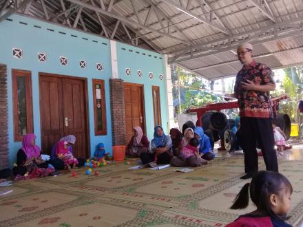 Kegiatan BKB di Kampung KB Gumulan