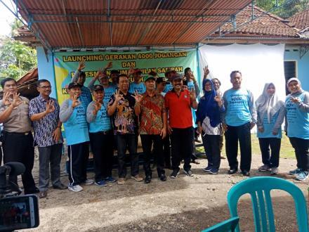 Launching 4000 Jogangan dan Peresmian Pilah Sampah Caturharjo