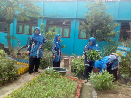 Taman Gizi Dusun Gumulan Berambah